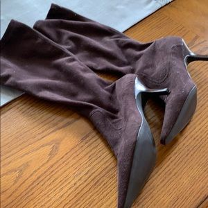 Tall brown suede boots, new , size 7.5